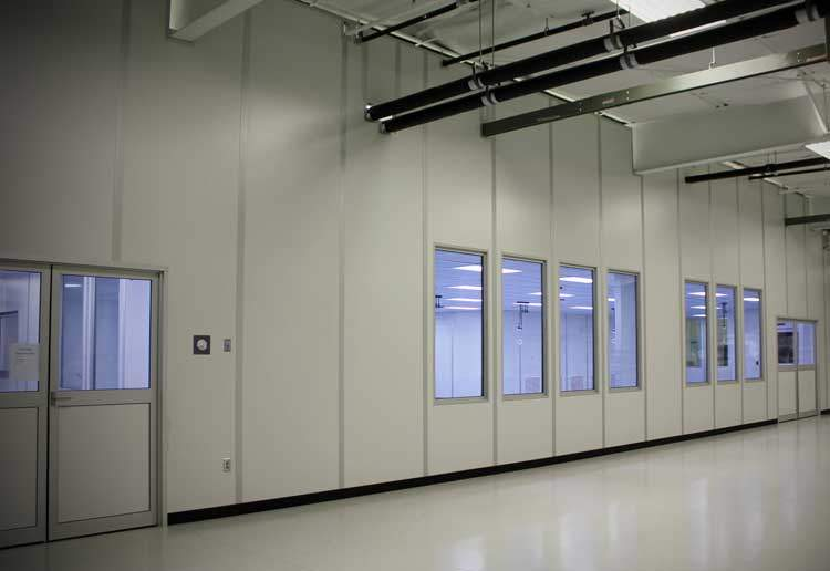 medical-device-sterile-packaging-cleanroom-0
